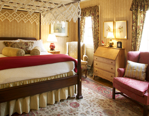 LUXURY B B SUITES. The Stockbridge Country Inn Bed   Breakfast